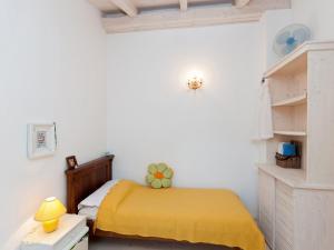 Two-Bedroom Apartment in Rab XV, Apartmány  Barbat na Rabu - big - 3