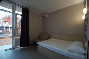 Lotos Hotel, Hotel  Divnomorskoye - big - 48