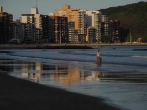 Blue Marlin Apartment, Apartments  Guarapari - big - 1