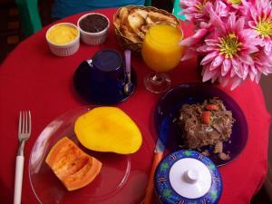 Arte Brasileira, Bed and Breakfasts  Salvador - big - 91