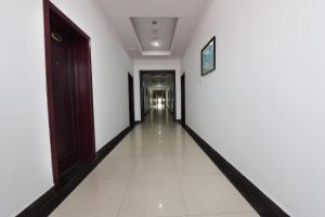 Beidaihe Golden Sea Hotel, Hotel  Qinhuangdao - big - 82