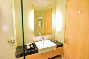 Golden Tulip Essential Tangerang, Hotely  Tangerang - big - 6
