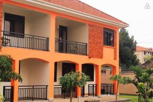 Kiwatule House