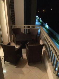 Luxueux Appartement Dar Bouazza, Apartmanok  Casablanca - big - 10