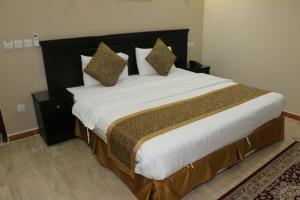 Zahrat Layan Hotel, Residence  Al Qunfudhah - big - 48