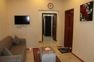 Zahrat Layan Hotel, Residence  Al Qunfudhah - big - 50