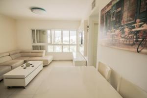 A Picture of Beautiful 4 bedroom duplex apt