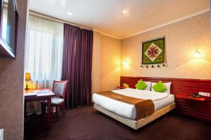 Бишкек - Green City Hotel Bishkek