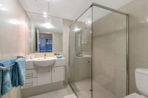 Southbank - Amazing Location - Modern/Cool, Apartmány  Brisbane - big - 15