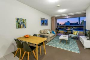 Southbank - Amazing Location - Modern/Cool, Apartmány  Brisbane - big - 18