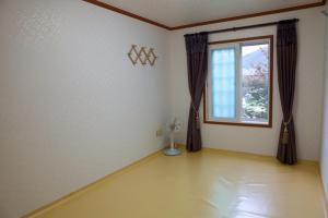 Prime Zone Pension, Holiday homes  Pyeongchang  - big - 19