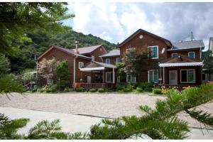 Prime Zone Pension, Holiday homes  Pyeongchang  - big - 37