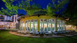 Lotus Therme Hotel & Spa, Resort  Hévíz - big - 48
