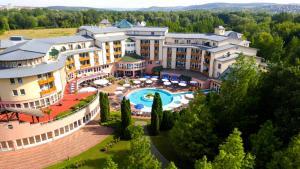 Lotus Therme Hotel & Spa, Resort  Hévíz - big - 51