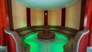 Lotus Therme Hotel & Spa, Resort  Hévíz - big - 53