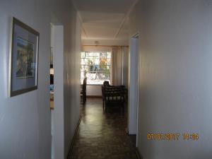 Karob House, Guest houses  Franschhoek - big - 4