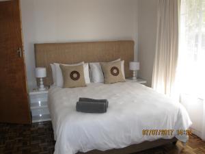 Karob House, Guest houses  Franschhoek - big - 17