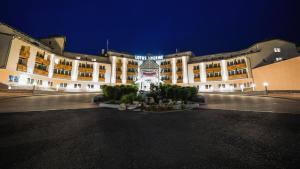 Lotus Therme Hotel & Spa, Resort  Hévíz - big - 57