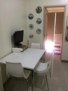 JVB Field Condo Sucat, Appartamenti  Manila - big - 27
