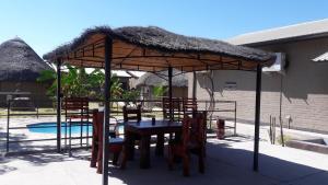 Etuna Guesthouse, Guest houses  Ongwediva - big - 17