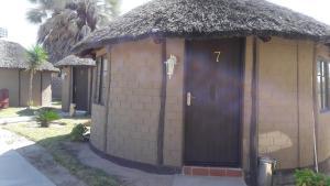 Etuna Guesthouse, Guest houses  Ongwediva - big - 9