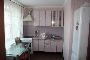 Sovetskaya 11/3 kv 25, Apartmanok  Mirnij - big - 9