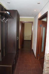 Sovetskaya 11/3 kv 25, Apartmanok  Mirnij - big - 4
