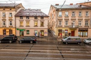 3 Bedroom apartment in Old Center, Apartments  Lviv - big - 26