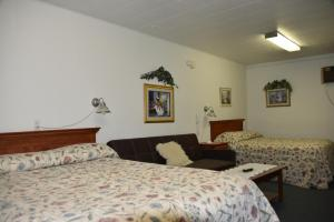 Royals Inn Motel, Motels  Malta - big - 10
