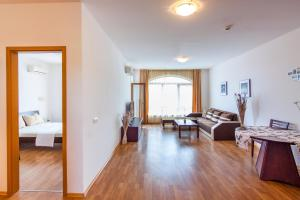 Edmond Apartment, Apartmány  Aheloy - big - 22