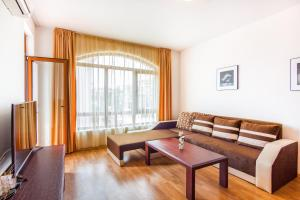 Edmond Apartment, Apartmány  Aheloy - big - 34
