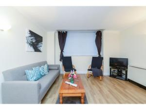 Great One bedroom Apartment close to Waterloo