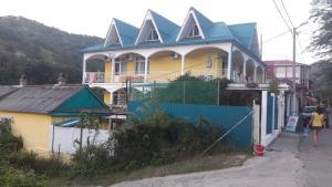 Гостевой дом На Приморской 10