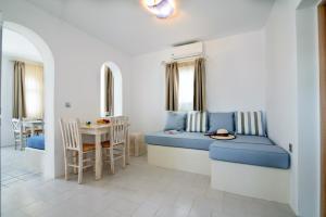 Villa George Santorini(Perissa)