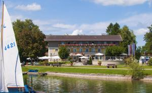 Hotel Schlossblick Chiemsee, Hotels  Prien am Chiemsee - big - 60