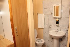 Etuna Guesthouse, Guest houses  Ongwediva - big - 12