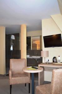 Hotel-Restaurant Dimmer