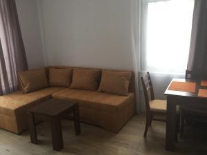 Aivazovskiy Park Apartment, Apartmány  Pomorie - big - 12