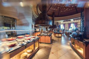 Royal Sibaya Hotel & Casino, Hotels  Umhlanga Rocks - big - 16