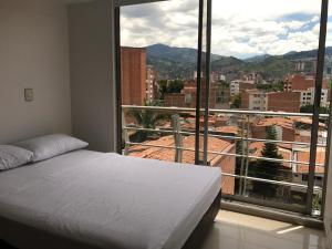Apartamento Medellín Sun Set, Guest houses  Medellín - big - 8