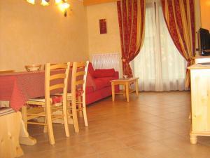 Casa Collini, Ferienwohnungen  Pinzolo - big - 41