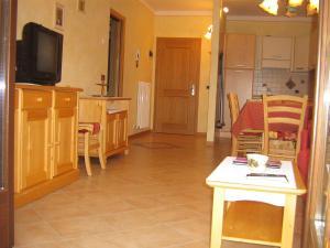 Casa Collini, Ferienwohnungen  Pinzolo - big - 46