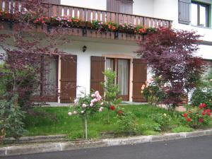 Casa Collini, Ferienwohnungen  Pinzolo - big - 51