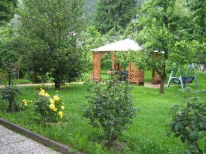 Casa Collini, Ferienwohnungen  Pinzolo - big - 53
