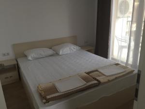 Aivazovskiy Park Apartment, Апартаменты  Поморие - big - 4