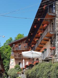 Hotel Ristorante La Font, Hotely  Castelmagno - big - 33