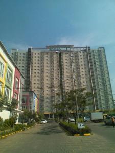 Suite Metro Apartment Ajie