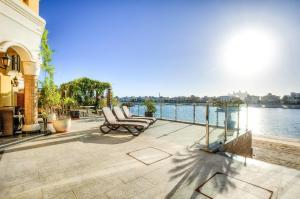 Signature Luxury Holidays - Six Bedroom Villa Long Beach - Dubai