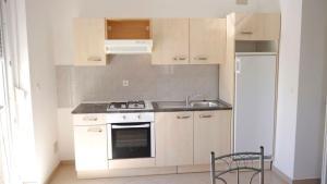 Apartments Benjo, Apartmanok  Novalja - big - 25