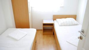 Apartments Benjo, Apartmanok  Novalja - big - 22